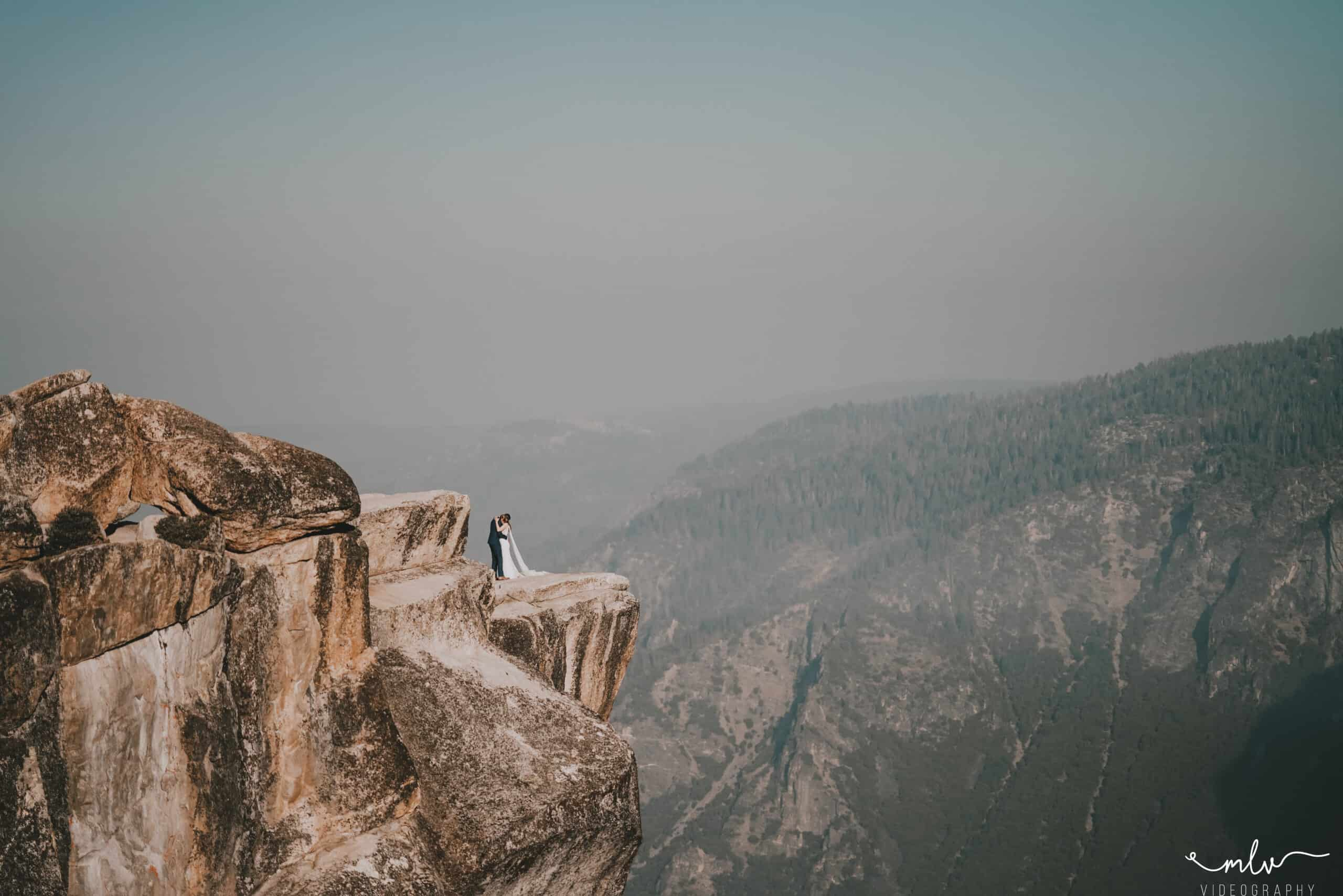 Elopement in Yosemite National Park at the top of Taft Point